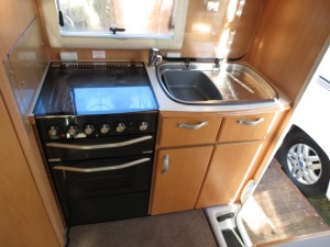 Kitchen in the Auto sleeper Nuevo